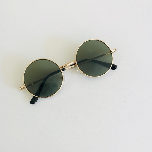 abd70488100 Vintage Retro Round Tinted Sunglasses